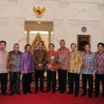 Dengan Presiden Republik Indonesia